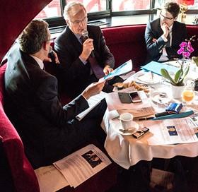 Michel Barnier lors du petit-déjeuner du club Viavoice du 30 octobre 2015