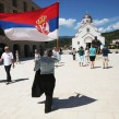le drapeau de la serbie au Kosovo